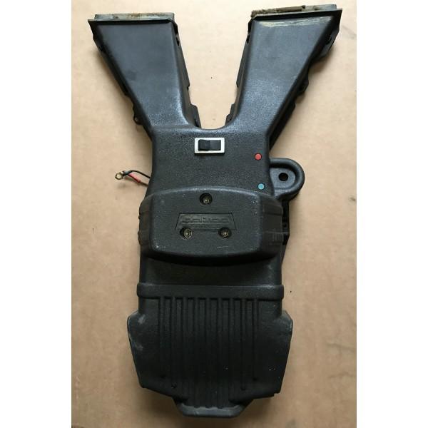 vente de pi ces d tach es 4l moteur de chauffage renault 4l support plastique noir ami de la 4l. Black Bedroom Furniture Sets. Home Design Ideas