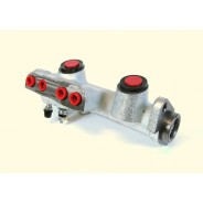 Maître-cylindre de frein R4